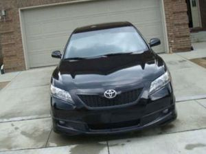 Toyota Camry low low miles 87k for Sale in Alexandria, VA