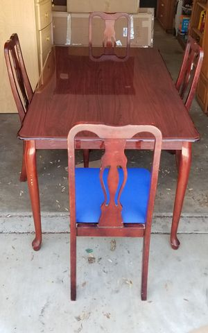 BEAUTIFUL WOOD DINING SET, FIRM PRICE, GOOD CONDITION, READ DESCRIPTION FOR DETAILS for Sale in Westminster, CA