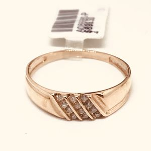 10Kt men's rose gold wedding band available on special offer for Sale in Indianapolis, IN