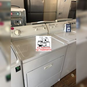 Kenmore white washer and dryer duo electric for Sale in Cleveland, OH