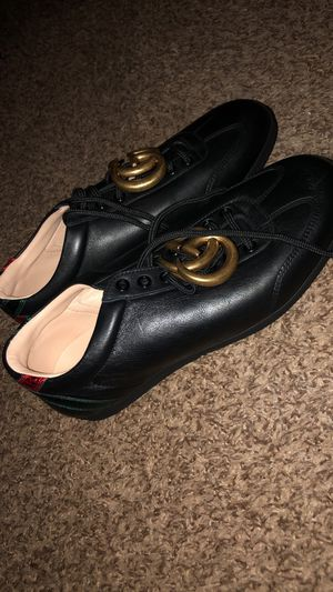 Gucci Men Sneakers US 7 for Sale in Houston, TX