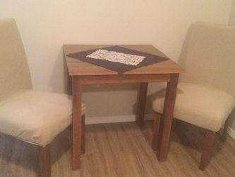 Small Space Table And Dining Chairs for Sale in Olympia,  WA