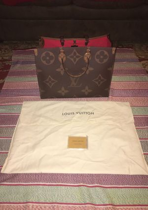 "Louis Vuitton ""ONTHEGO"" tote bag for Sale in San Francisco, CA"