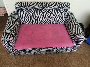 Zebra kids couch toy box for Sale in Las Vegas, NV
