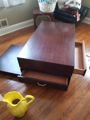 Coffee table for Sale in Rosedale, MD
