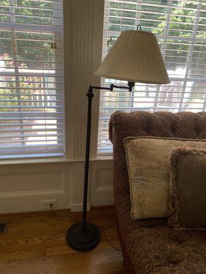 Floor lamp for Sale in Cumming, GA
