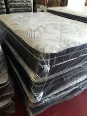 FULL PILLOW TOP WITH BOX SPRING for Sale in Fresno, CA