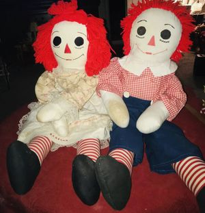 Two vintage Raggedy Ann and raggedy Andy 36 inches long see pictures for condition for Sale in Cleburne, TX