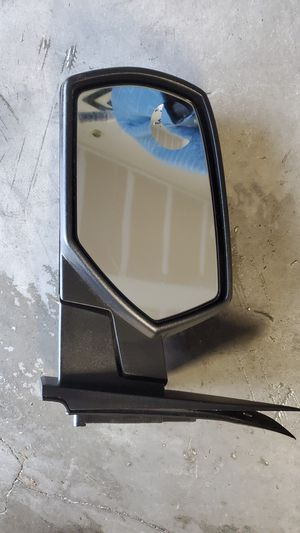 Silverado 2016 left mirror for Sale in Winter Haven, FL