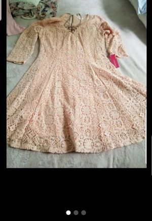 PINK EMBROIDERED DRESS JUNIOR OR WOMEN'S SIZE Small for Sale in Silver Spring, MD
