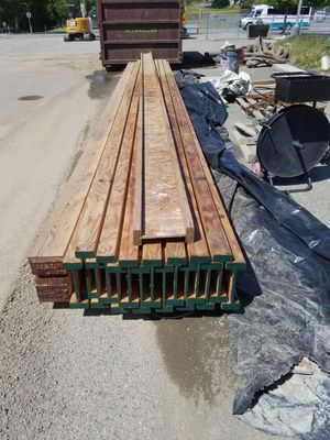 "16 ,11 7/8 ×3.56 × 29' 6 "" I joist and 1 7x 11 7/8 glue lam for Sale in Tulalip, WA"