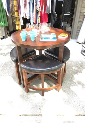 Table and stools for Sale in Portland, OR