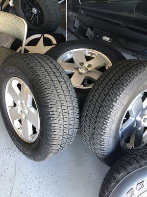 "Jeep JK Sahara take off wheels 18"" like new with TPMS (5) for Sale in Scottsdale, AZ"