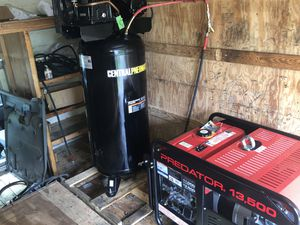 165 psi air compressor. Very excellent shape. Perfect condition. Everything else is gone to happy buyers. for Sale in Powder Springs, GA