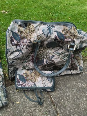 Duffle bag for Sale in South Euclid, OH
