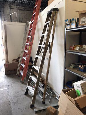 8' foot fiberglass A frame ladder Type 1A 300 pf p6 for Sale in Miami, FL