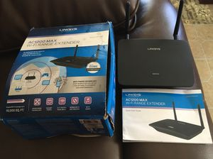 Wi Fi range extender model#RE65000 for Sale in Victoria, TX