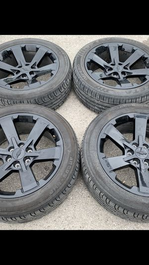 "22"" black Chevy / GMC rims and Bridgestone Tires 22 Wheels Chevrolet 22s Rines y Llantas Take offs off takeoffs pull pulloffs stock stocks factory o for Sale in Dallas, TX"