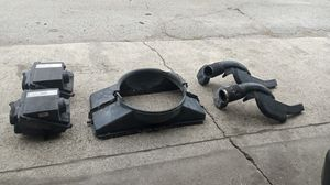 Original parts for Chevy suburban a Tahoe 2000 and up for Sale in Chicago, IL