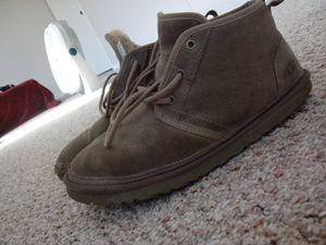Men ugg boots grey size 12 9/10 condition for Sale in Lorton, VA