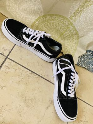 Black and white vans old skool platform shoes. Great conditions size 6 in men and 7.5 in women for Sale in Fort Smith, AR