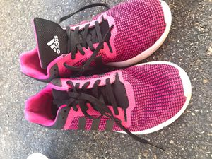Adidas womens size 6 1/2 for Sale in Kent, WA