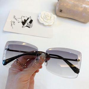 CH71178 sunglasses for Sale in San Francisco, CA