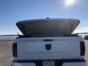 Tri-wing tonneau cover for Sale in Washington, NC