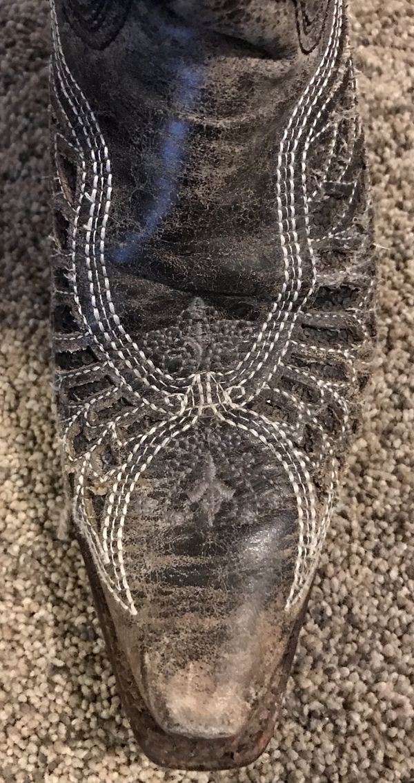 Corral Black embellished women's boots, size 8.5M