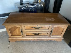 Lane. Cabinet for Sale in Spring, TX