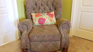 Upholstered reclining chair for Sale in Ashburn, VA