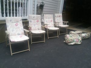Patio/lawn chairs with cushions - free! for Sale in Germantown, MD