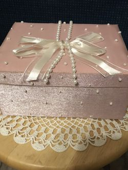 Pink Jewelry Box for Sale in Sanger,  CA