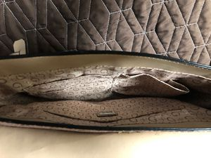Guess purse for Sale in McNary, AZ