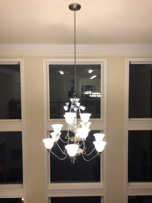 5 matching stunning luxury chandeliers