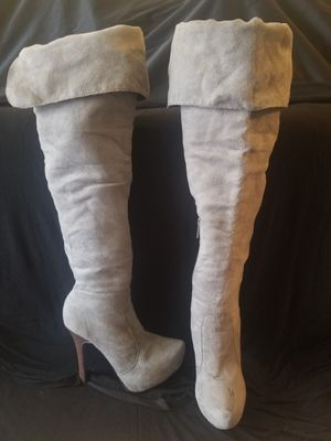 Knee high boots for Sale in Salt Lake City, UT