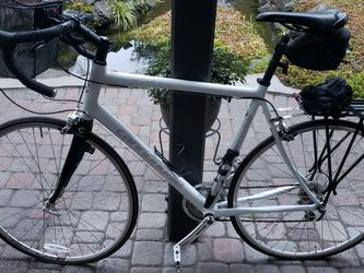 Cannondale Synapse Carbon Fork Sport Road Bicycle. Size L. Excellent Condition for Sale in Beaverton,  OR