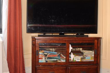 TV Cabinet for Sale in New Rochelle,  NY