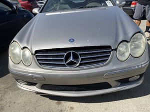 Mercedes Benz CLK 500 2003 FOR PARTS ONLY for Sale in Lewisville, TX