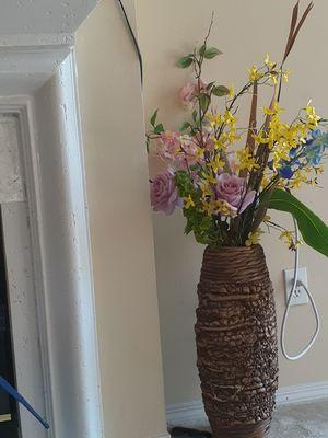 Artificial flower in braided vase for Sale in Alpharetta, GA