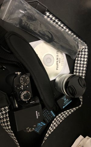 Fujifilm X-T2 (with lenses and many more) for Sale in Durham, NC