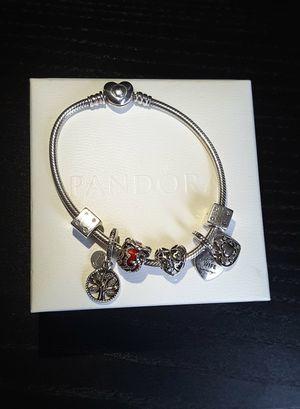 Pandora Bracelet w/6 Pandora Charms. Excellent Condition (Authentic) for Sale in Davie, FL
