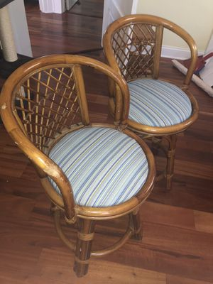 2 MATCHING RATTAN BAMBOO BAR STOOLS for Sale in St. Petersburg, FL