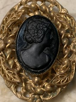 Vintage Art Nouveau Black Onyx & Brass/Bronze Cameo Pin Brooch for Sale in Houston,  TX