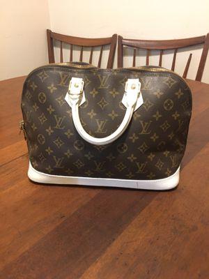 Louis Vuitton Monogram Alma Bag for Sale in Wichita, KS