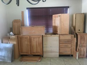 Kitchen cabinets must go day!!!!! for Sale in Oakland Park, FL