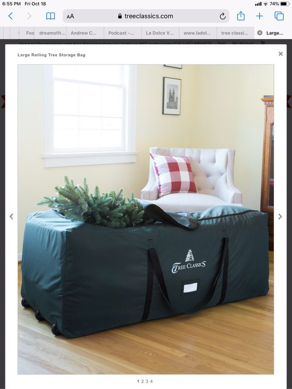 Christmas tree and storage bag