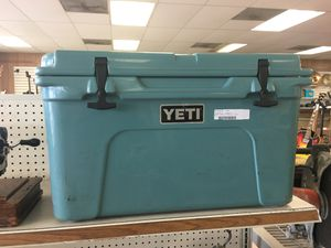 blue yeti cooler 45 for Sale in Austin, TX