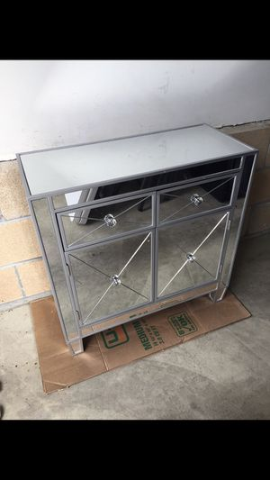 Mirrors nightstand for Sale in Nipomo, CA