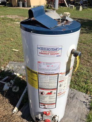 Propane water heater for Sale in Zephyrhills, FL